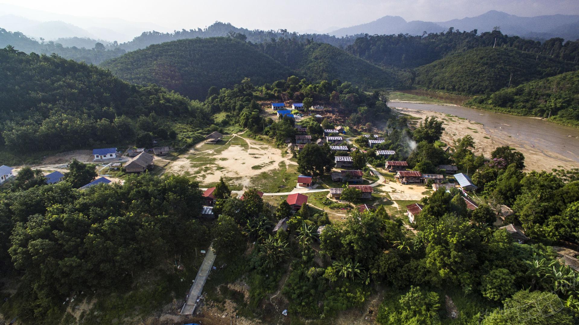 asli village, asli malaysia, asli drone, aborigine people house, aborigine house drone malaysia