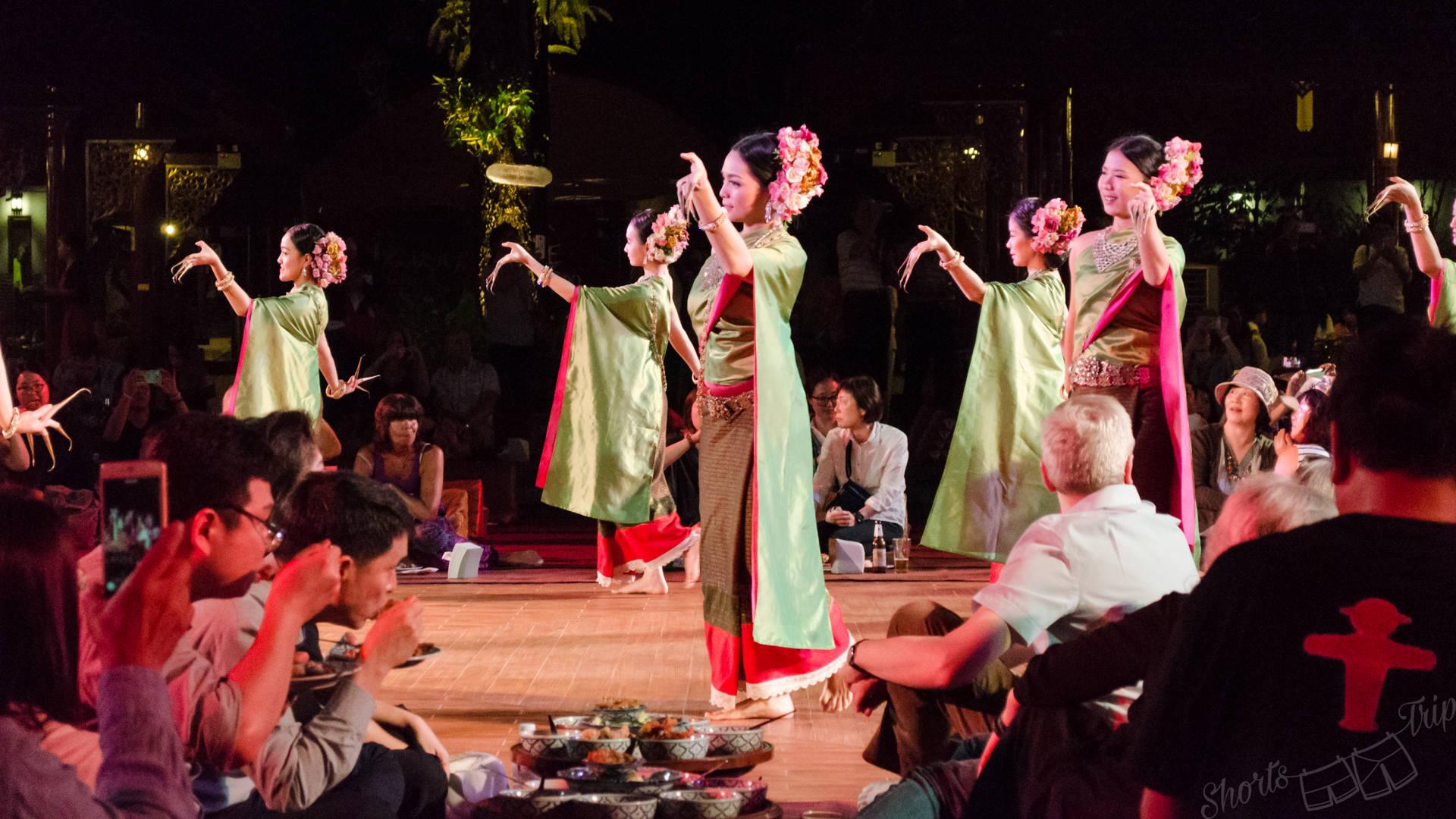 khantoke dance, khantoke, khantoke performance, khantoke dinner