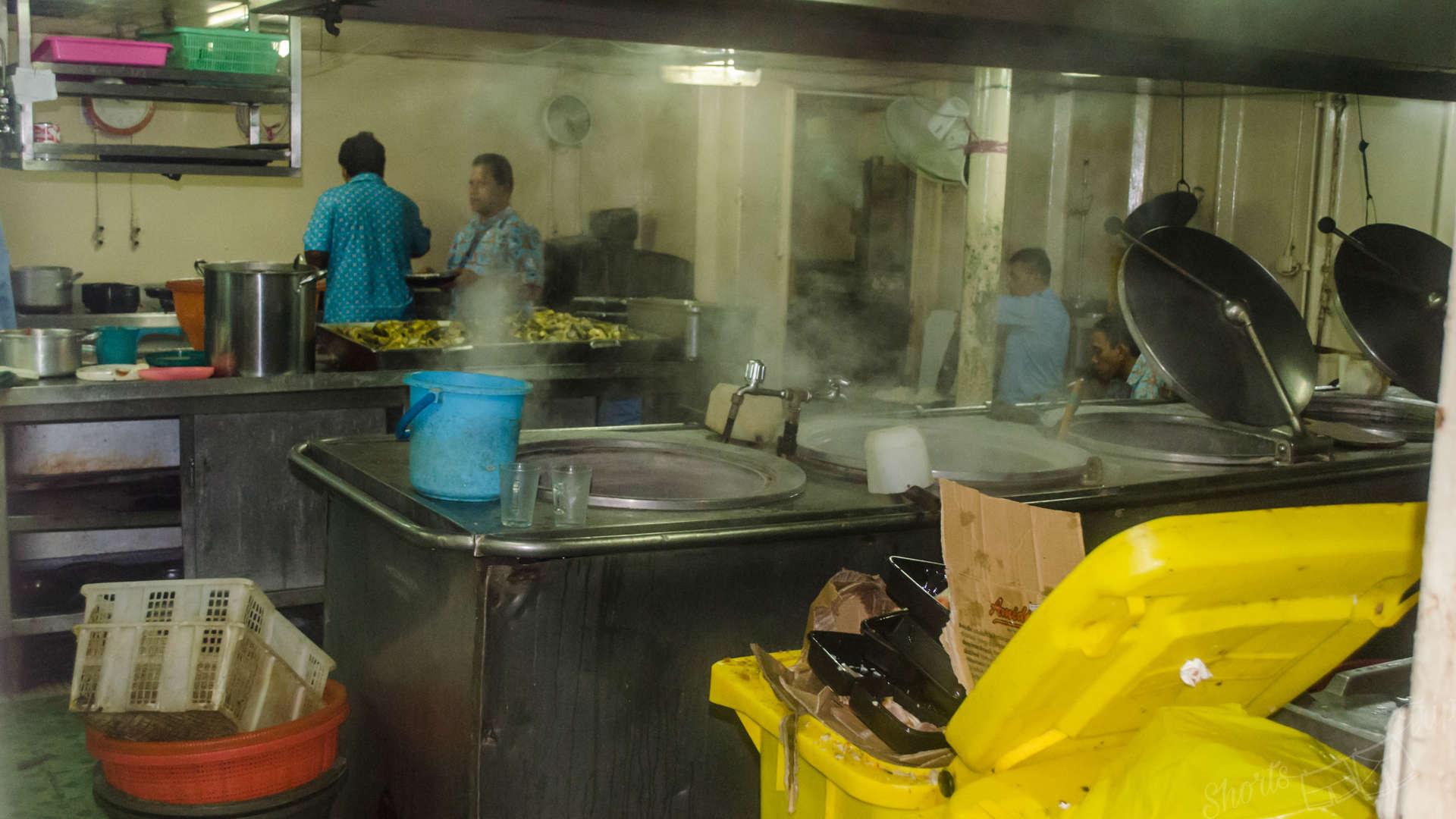 pelni ship, pelni indonesia, pelni kitchen, pelni food, pelni experience