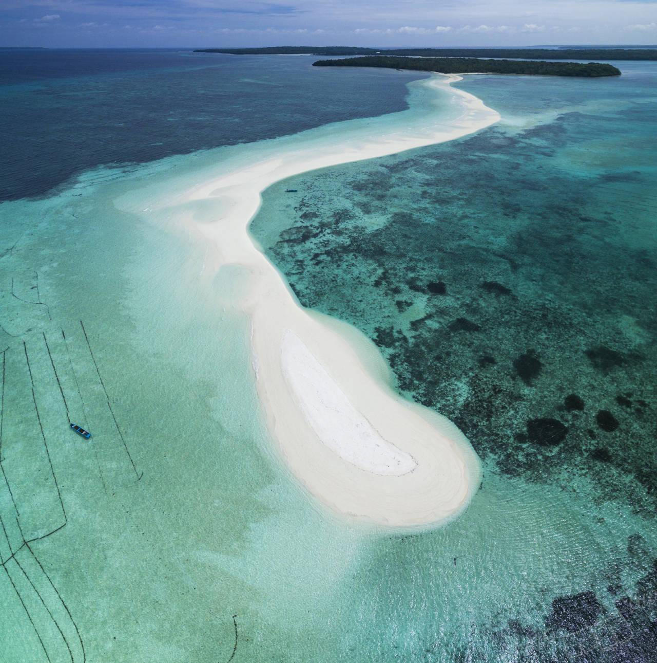 ngurtafur, ngurtafur kei, kei islands, ngurtafur drone, ngurtafur aerial, ngurtafur info, ngurtafur sand bar, ngurtafur how to get there