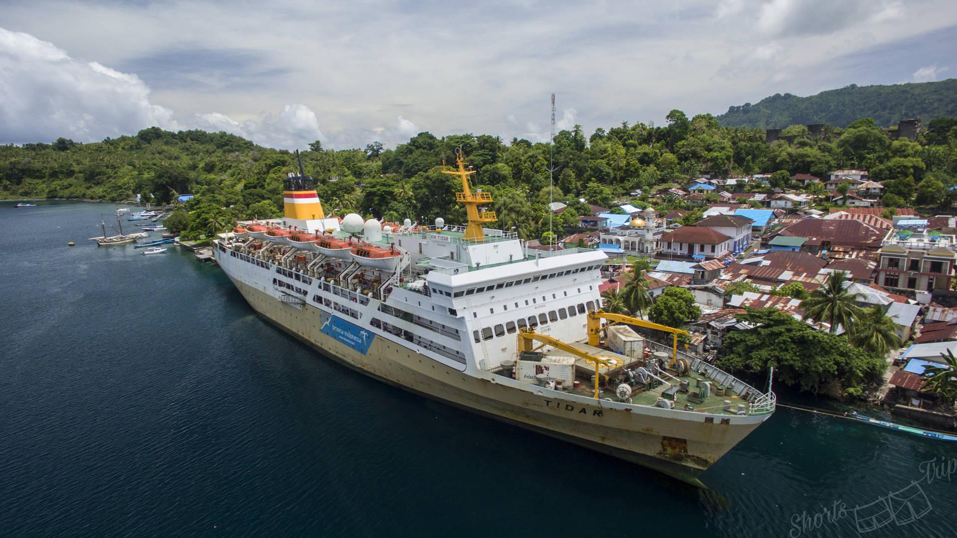 kei islands, banda islands, kei indonesia, kei travel, how to travel to kei, kei pelni boat, kei banda pelni