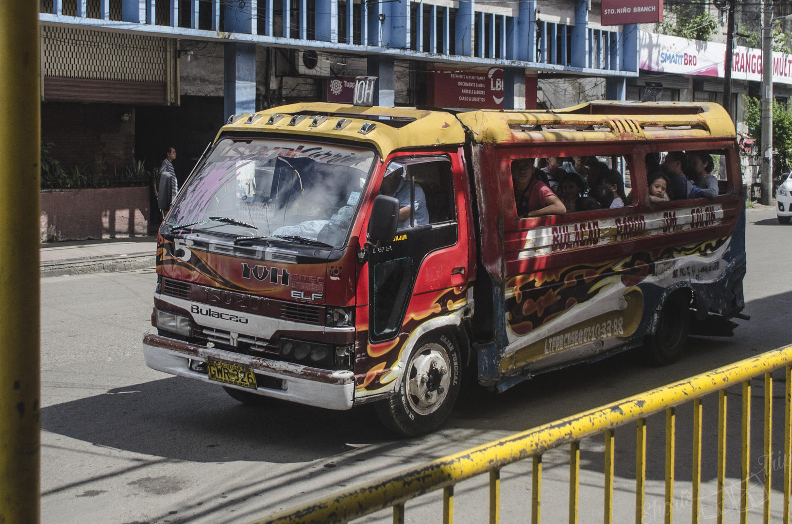 van jeepney philippines, jeepney cebu, must know before heading to Philippines
