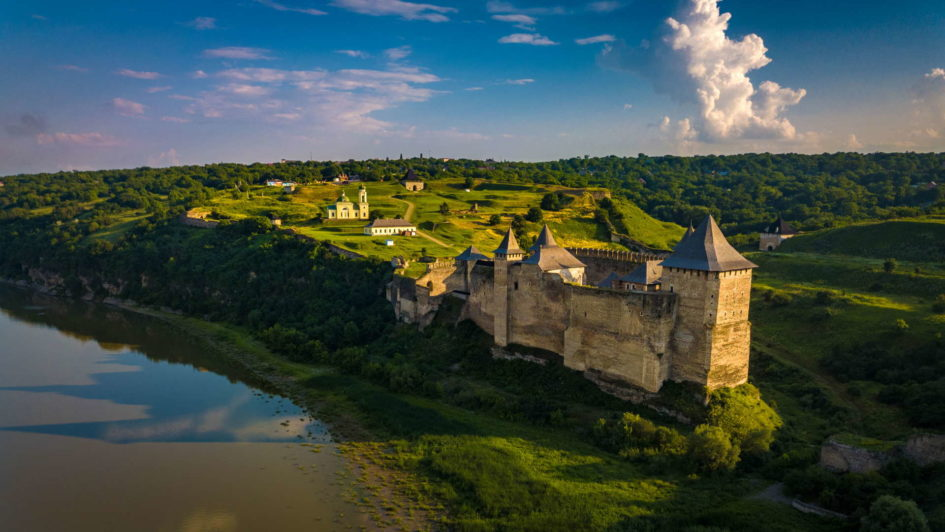 khotyn castle, seven wonders of ukraine, backpacking khotyn, how to get to khotyn, travel around ukraine, ukraine travel, drone khotyn, aerial view of khotyn, outer wall of khotyn, khotyn perimeter, khotyn travel, where to stay in khotyn, khotyn camping, khotyn wild camping
