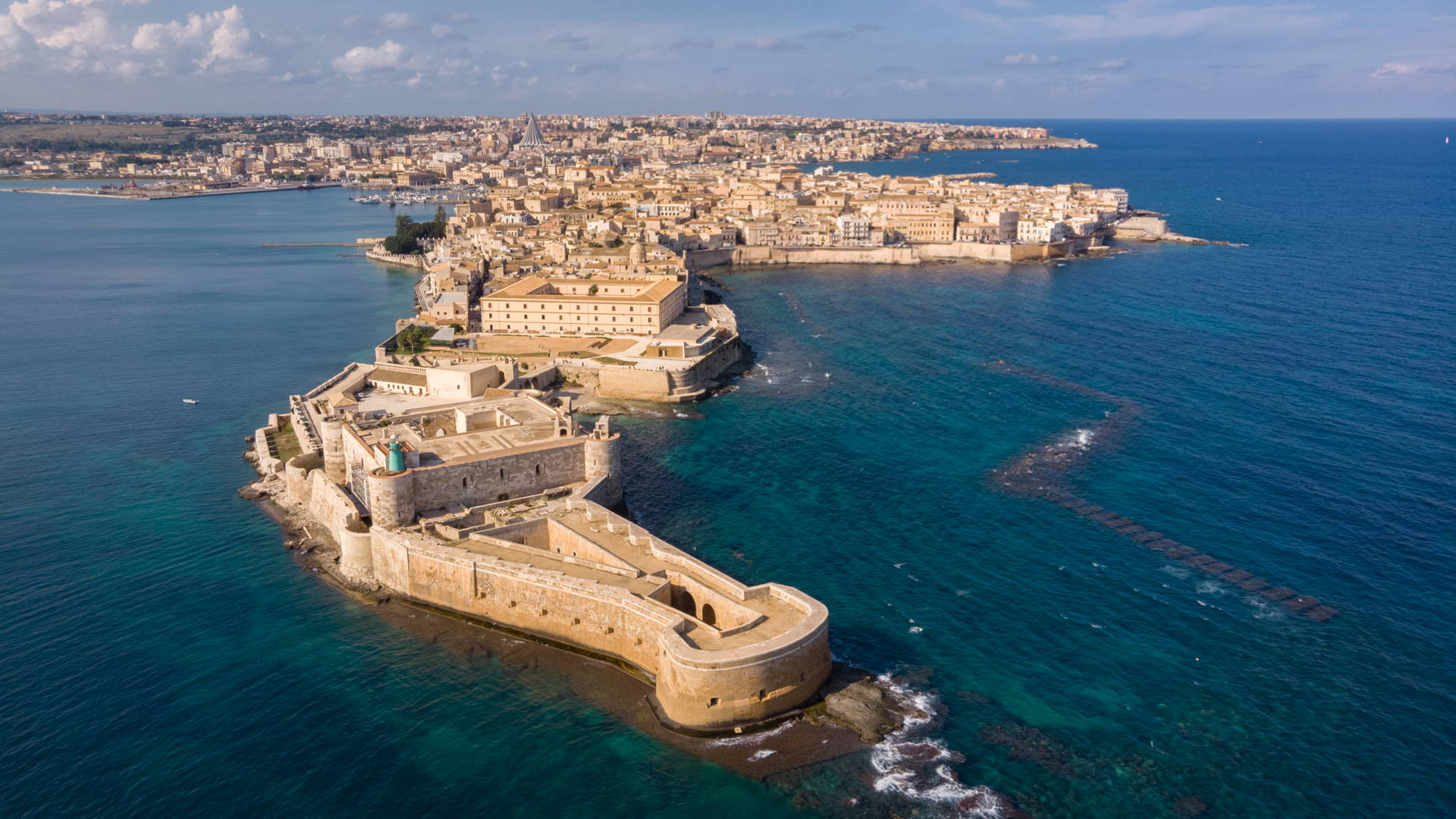 syracuse, ortigia, syracuse drone, aerial syracuse, ortigia drone, aerial ortigia, sicily, sicily by drone, travel sicily, travel ortigia, travel syracuse, backpaking in sicily, best places sicily, best places to visit in sicily, top sicily, aerial sicily, sicily drone