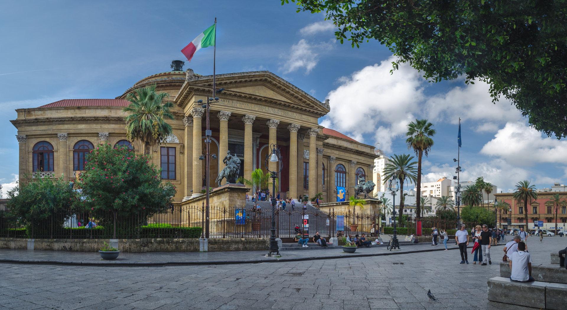 Teatro Massimo, theatre, opera house massimo, opera, opera house, palermo, palermo massimo, al pacino palermo, al pacino theatre godfather, best places to visit in sicily, palermo, sicily