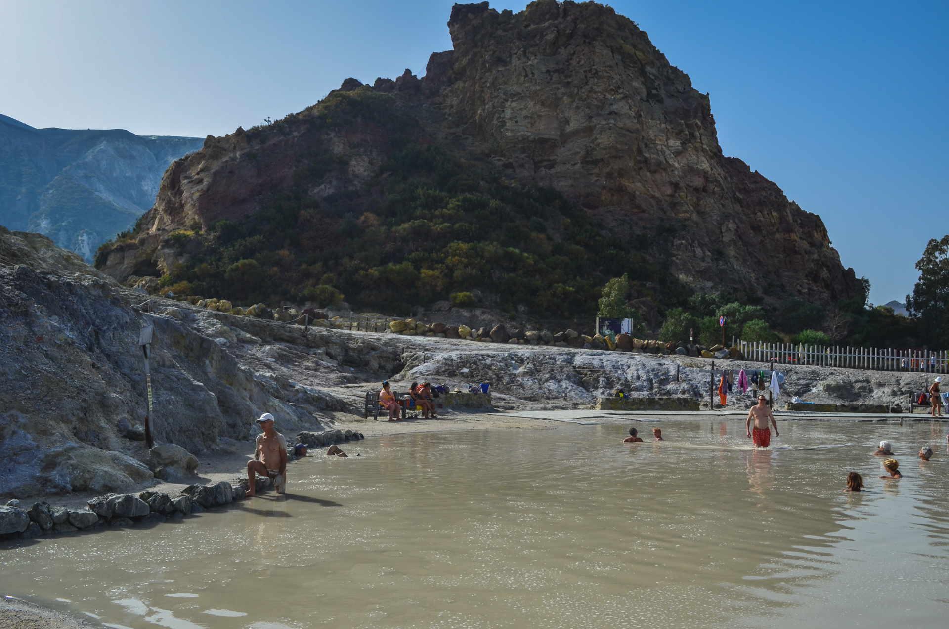 Aeolian islands travel guide, Terme di Vulcano, vulcano thermal baths, sulphur vulcano, hot springs vulcano, mud vulcano