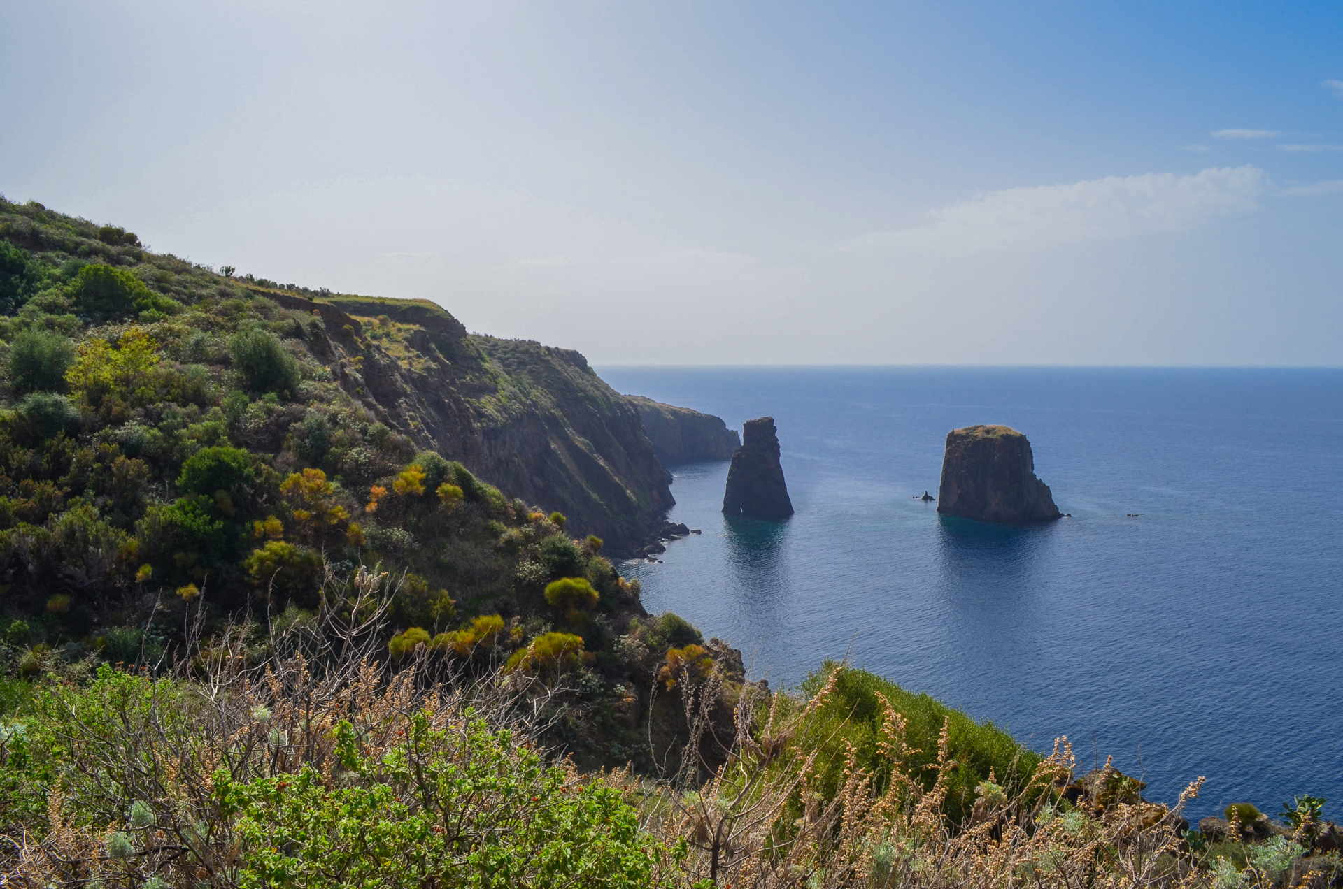 lipari travel, aeolian islands travel guide, travel blog lipari, aeolian islands travel, best places of aeolian islands, hiking lipari
