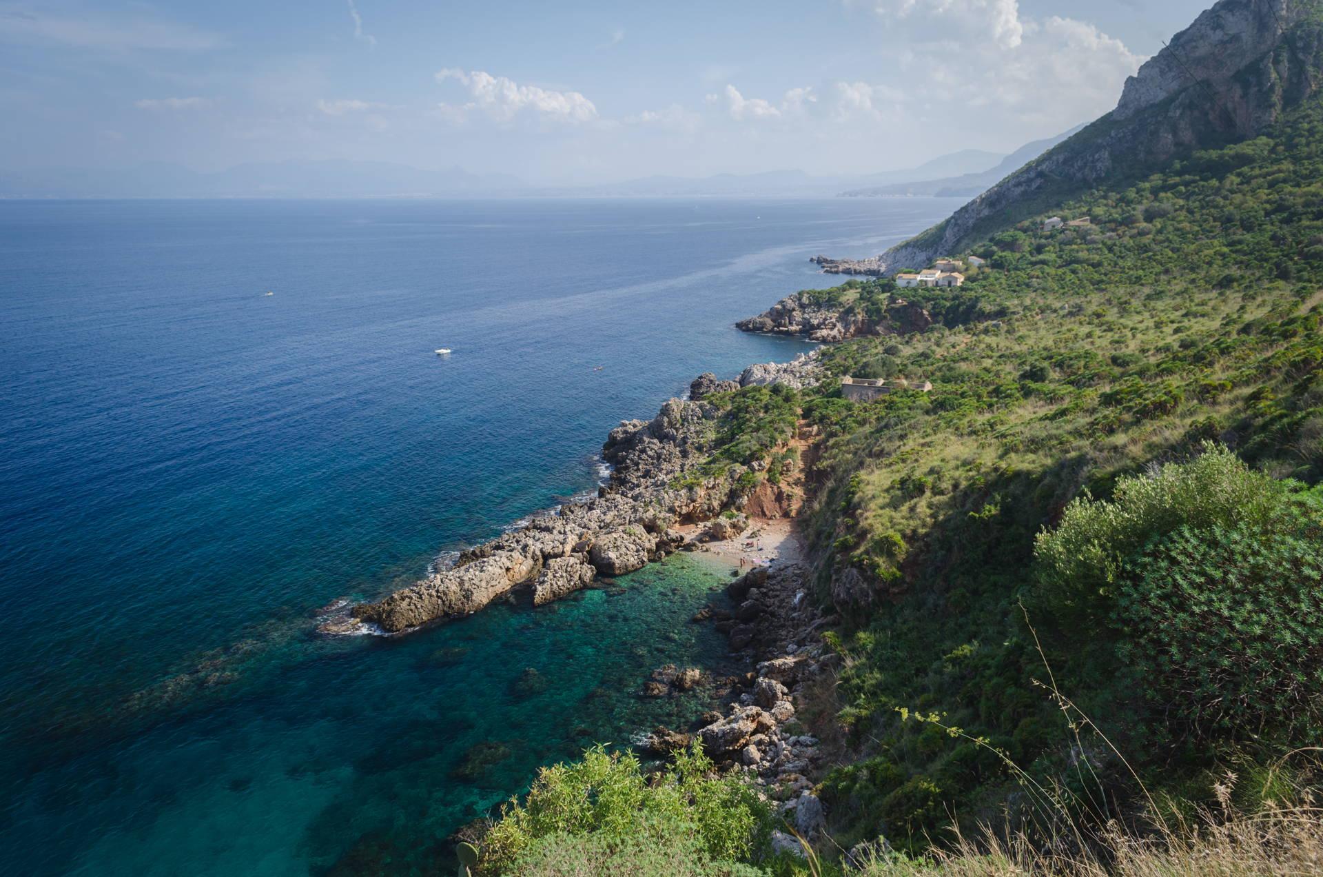 zingaro, zingaro views, hiking zingaro, beach hoping zingaro, best beach of zingaro, beaches of zingaro, zingaro nature reserve beaches, cala berretta