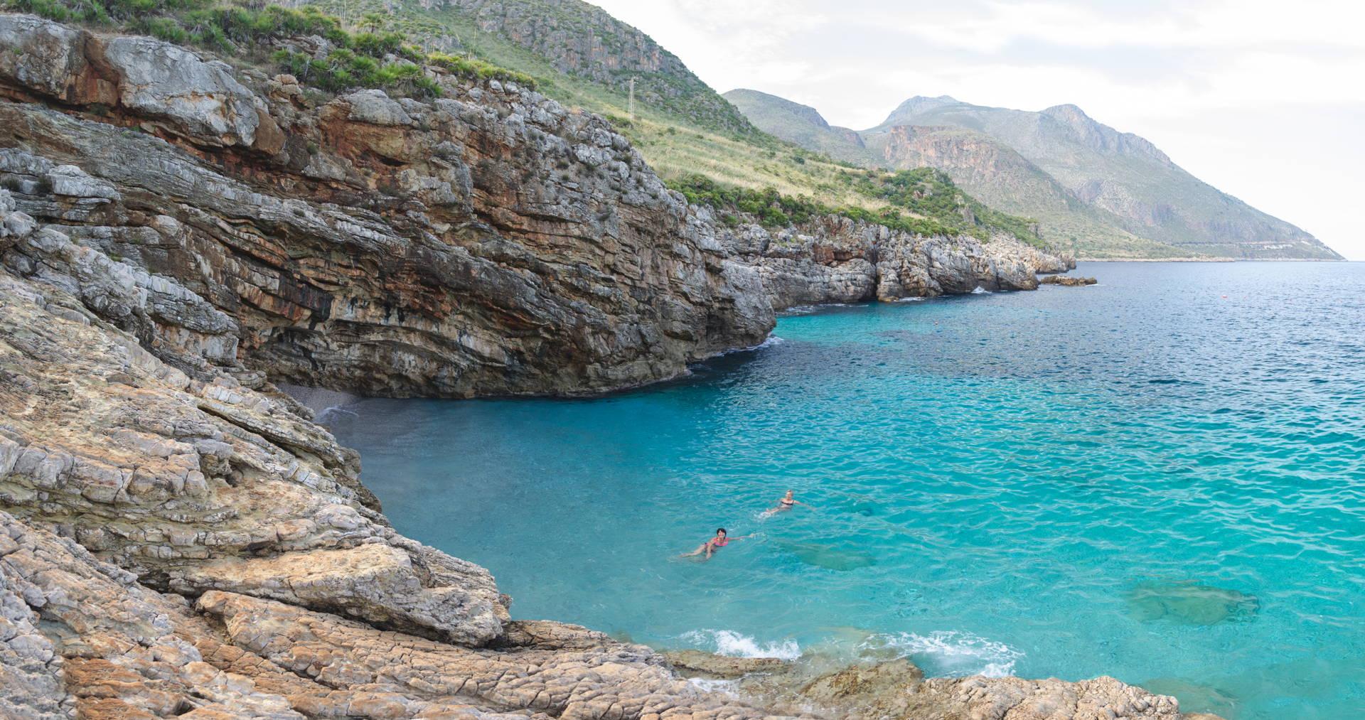 cala marinela, marinela zingaro, marinela beach zingaro, best beach of zingaro, zingaro nature reserve marinela, best beaches of sicily, travel blog sicily