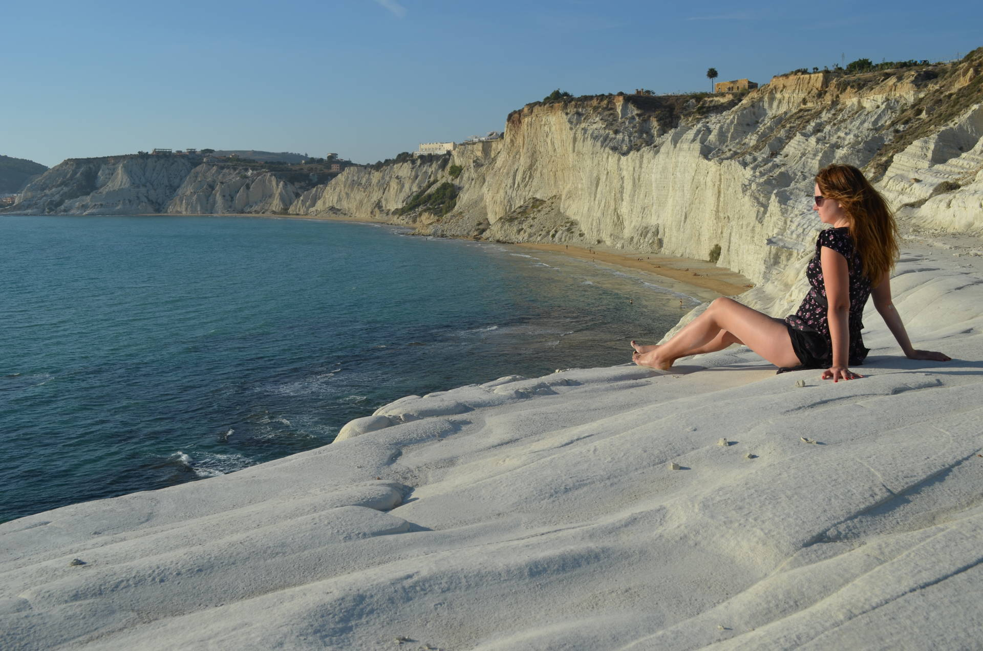 scala dei turchi, sexy, sicily, travel sicily, best places to visit in sicily, scala dei turchi sexy, sexy girl, girl posing on scala dei turchi