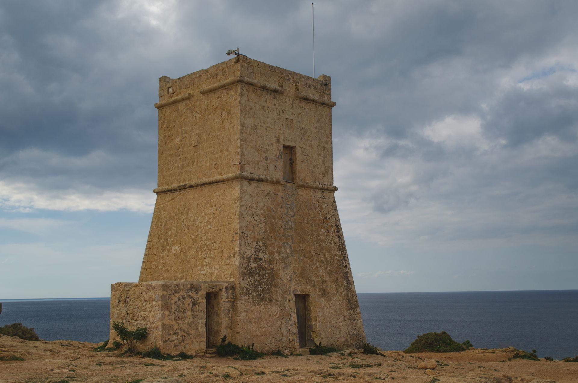 Għajn Tuffieħa, Għajn Tuffieħa tower, tower at Għajn Tuffieħa, golden bay tower, golden bay Għajn Tuffieħa